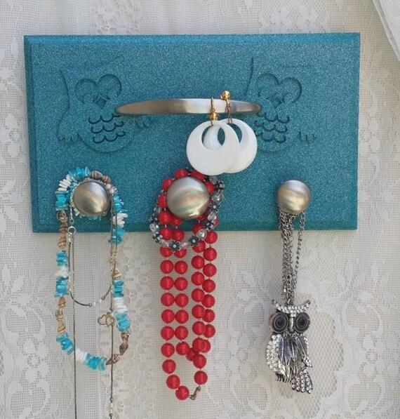 Owl jewelry board owl decorations wooden owl jewelry rack for Owl decorations for the home