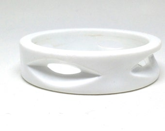 Charming Vintage Lucite Plastic Snow White Bangle Bracelet