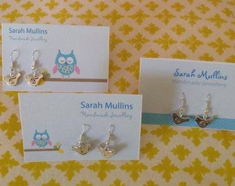 Retro style bird earrings