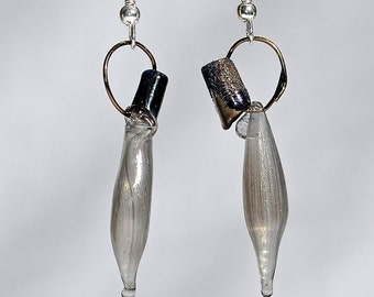 Lass on a Loop Earrings