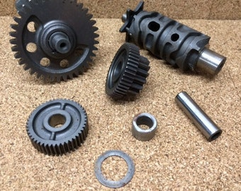 Steampunk Transmission Gears Gear ATV Salvage Parts Art Supply Assemblage Altered Art Metal # 902