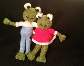 Knitted Frogs 23cm x 8 cm x 4 cm available individually or as a family