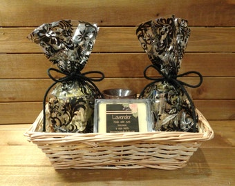 Scented pure beeswax candle gift basket