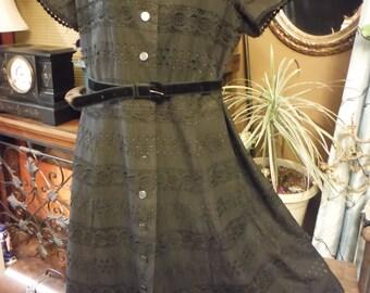1950's Black Lace Short Sleeve Full Skirt Dress