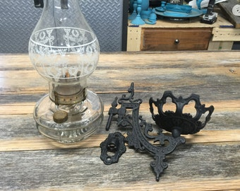 Antique Swivel Wall Mount Cast Iron Sconce*** With Oil lamp--COMPLETE.
