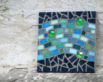 Mosaic ocean tile