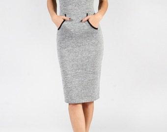 Hacci Dress, Raglan Sleeves and Kangaroo Pocket