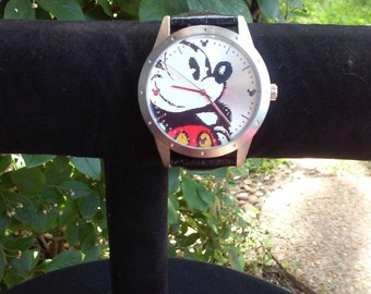 Vintage Disney Mickey Mouse Watch (Disneyland) ~ (Limited Release), Rare