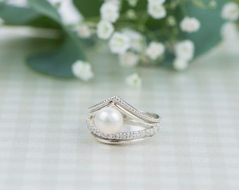 Sterling silver ring, pearl ring, classic ring, fresh water pearl, cubic zirconia, silver ring, pave setting