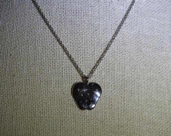 stunning vintage 14k white gold strawberry necklace 18 inches
