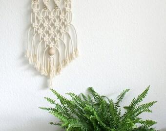 Macrame wall decoration / macrame wall hanging