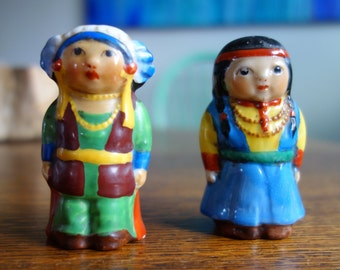 Kitsch Retro Indian Salt & Pepper Shakers Native American, Vintage