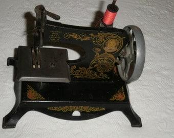 Little Miss vintage sewing machine