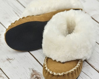 Luxury Whole Fleece Sheepskin Handmade Traditional Range Bootie Slippers