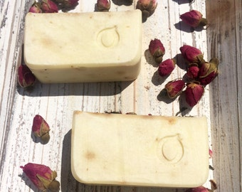 SOAP Natural roses and tea white