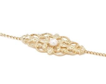 Gold Bracelet, Vintage Style Bracelet, Mother's Day Gift, Gift for Mom, Delicate Gold bracelet, Dainty Bracelet, Gift for Her, Vintage Gift