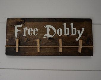 Free Dobby the House Elf Sock holder, Laundry Room Odd Sock Hanger, Save Dobby, Harry Potter House Elves, Single Socks, found socks