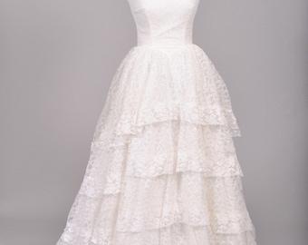 1950 Princess Lace Vintage Wedding Gown