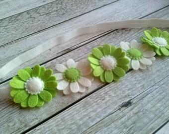Felt Daisy headband, green white headband, wool felt flower headband, flower girl headband for girls, white green headband, toddler headband