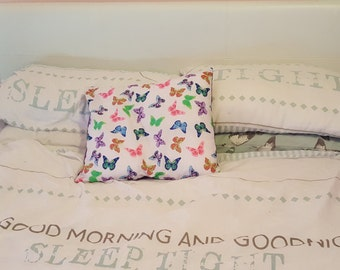 Butterfly cushion cover - envelope style