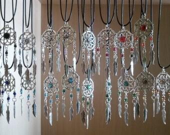 Dream carcher necklace, dreamcatcher, boho, bohemian, tribal, hippie, tibetan solver, silver, feather, pendant, color dreamcatcher.