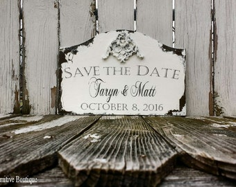 Save The Date Sign. Photo Props. Engagement Photo. Rustic Save the Date Sign. Save the Date Cards. Wedding Sign. Wedding Decor.