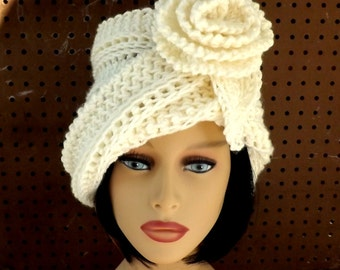 Ivory Cloche Hat,  Womens Crochet Hat,  Ivory Womens Hat 1920s,  Ivory Hat,  OMBRETTA 1920s Cloche Hat,  Crochet Flower Hat