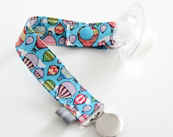 Pacifier clip - snap - enamel clip - air balloon - blue - red- green- cotton fabric - baby boy - baby girl - baby gift - baby shower - dummy