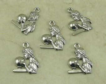 5 Crystal Ball Gazer Charms > Divination Fortune Telling Mystical Magic - Raw Lead Free Pewter Silver American Made I ship Internationally