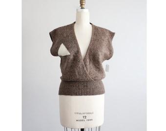 triangle sweater / sweater vest / wool vest