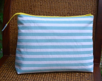 Knitting Project Bag with Zipper, Blue Stripe Bag