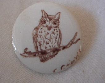 VINTAGE White Porcelain Painted Owl BUTTON