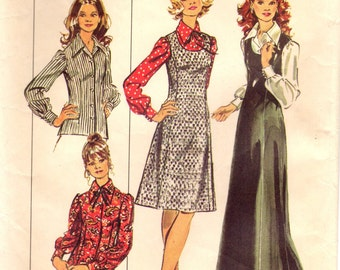 1970s Simplicity 5266 Vintage Sewing Pattern Misses A-line Half Size Jumper and Blouse Size 18-1/2 Bust 41