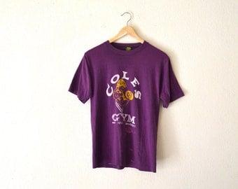 """80's """"Coles Gym"""" Purple Graphic T-Shirt"""