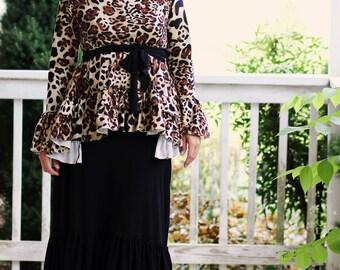 LillyAnnaLadiesApparel ISABELLE Leopard Hi Low Shirt Lala Modest