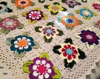 Vintage Look Floral Afghan