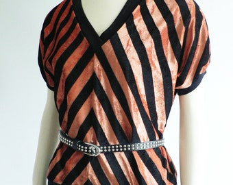 vintage 1970s chevron velour top/ 70s zig zag black coral pink sweater/ 70s disco top /Chain Reaction California