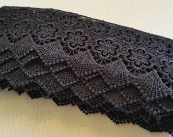 LA009 ~ Black lace Venice trim Beautiful Victorian trim