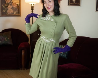 Vintage 1940s Dress - Chic Sage Green Tailored Wool Day Dress with White Mohair Trim and Beading
