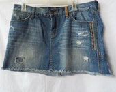Lucky Brand Legend Short Jean Skirt Distressed Denim Embroidered
