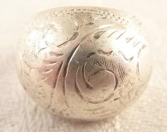 Vintage Size 6.5 Thai Sterling Engraved Scrollwork Bulb Ring
