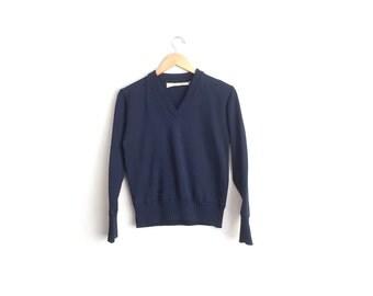 SALE // Size Men's XS (Short) or Women's M // V-Neck SWEATER // Navy Blue Jumper - Vintage Unisex - Minimalist - Preppy.
