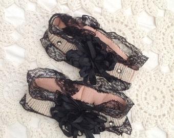 SALE / 1920s lingerie / vintage garters