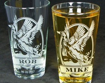 2 Mallard Beer Glasses, Etched Glass Gift for Groomsman, Best Man, Personalized Pint Glasses, Gift for Men