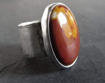 Sterling silver mookaite ring / size 8 / artisan ring / wide band ring / boho ring / sterling silver ring / rustic ring / stone ring