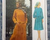 """Vogue Paris Original 2490 Emanuel Ungaro 1970s UNCUT women's dress, size 12, bust 34"""""""