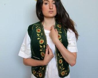 the hills are alive -- vintage handmade embroidered folk art vest S
