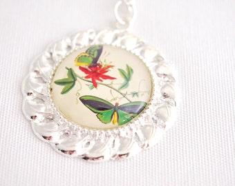 green butterfly necklace, vintage butterfly art necklace, green butterflies pendant