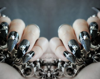 Stilettos + Chain Fake Nails, Chain Nail, Fierce, Punk Gothic Fake Nail, False Nail Set, Gothic, Bad Girl Stiletto Nail, Acrylic Nail, Chain