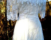 vintage white lace dress by Scott McClintock of Gunne Sax dress Co, SIZE 12